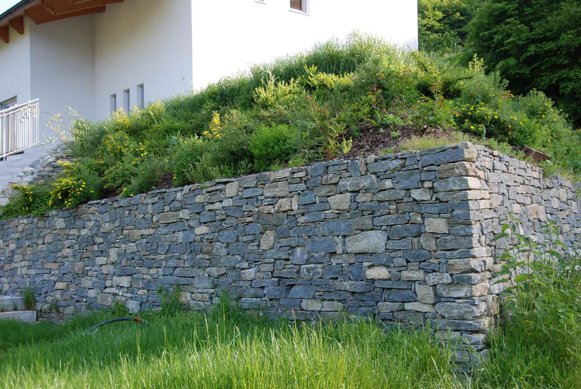 Trockensteinmauer, Wachauer Marmor,