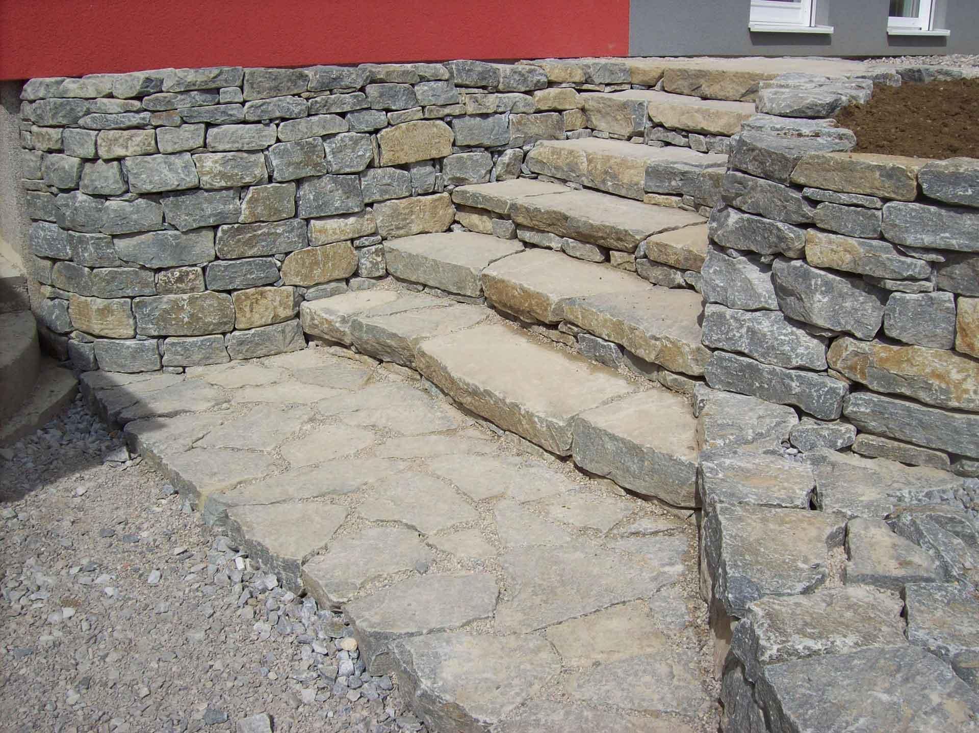 Stiegenaufgang, Trittplatten, Wachauer Marmor,